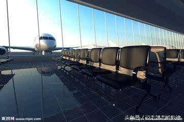 第一次出国旅游坐飞机应该注意什么呢?