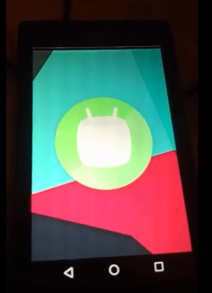 诺基亚Lumia 525跑上Android 6.0.1的照片