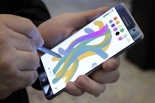 外媒:苹果iPhone正丧失领先地位 优势十分微弱的照片 - 2