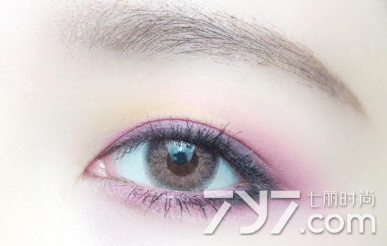紫色眼影的画法步骤图