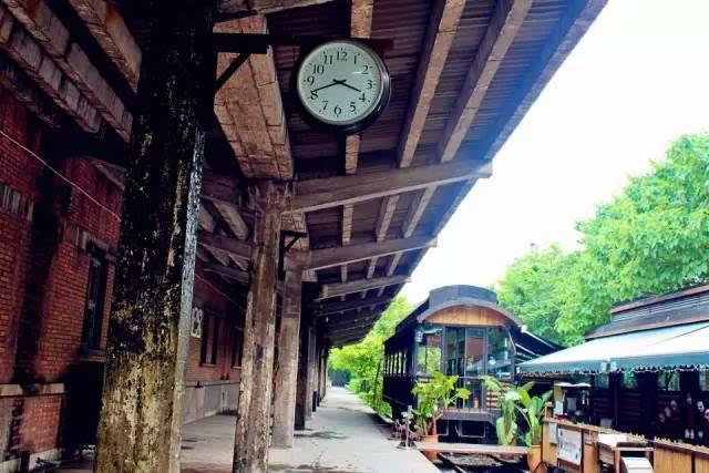 其它 正文  地址:广州市越秀区流花路100号 怎么去:乘坐地铁二号线在图片
