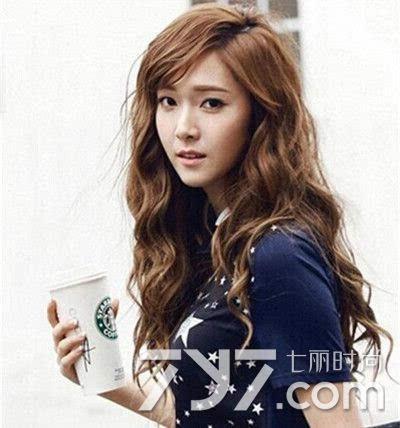 韩国水波纹发型图片中长发 美得让人无法不注视图片