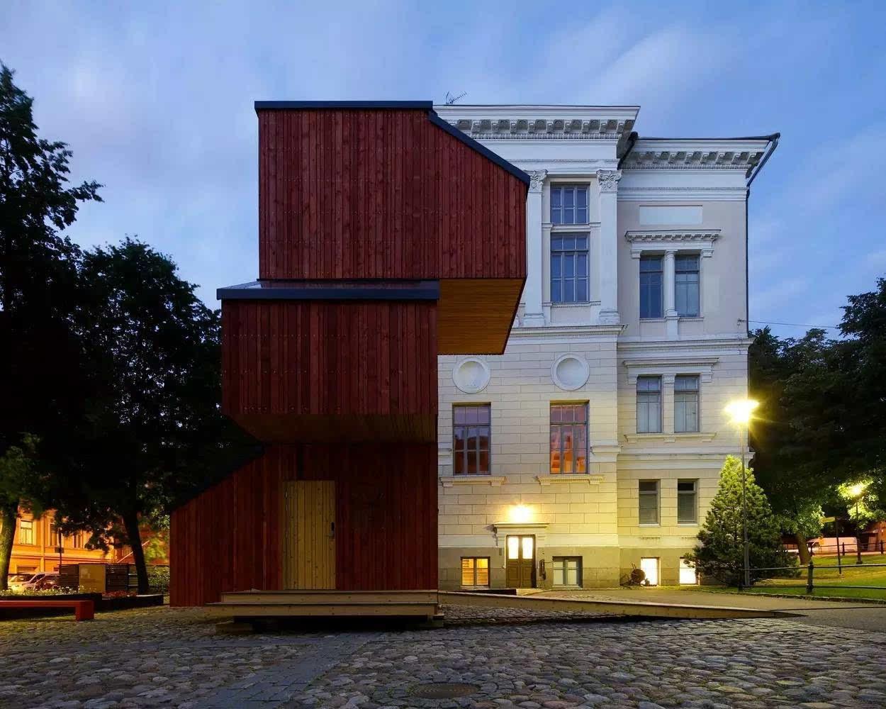 kokoon 是2015-2016学年度阿尔托大学艺术,设计与建筑学院的木结构