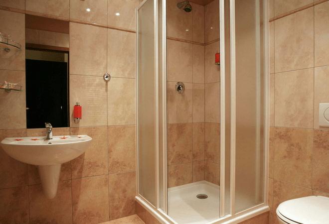 摆脱单调 小户型浴室装修效果图
