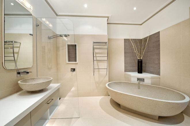 空旷吗?或许吧。时尚感十足的家庭浴室装修设计,简洁明了,没有多余的东西,一眼看上去却不会有萧条之感,反而透露出一丝高傲与独立。 以上就是小编介绍的家庭浴室装修效果图,通过效果图,我们可以看到干净舒适的浴室,连小编都心动了。你喜欢哪一款呢?如果喜欢可以按照本文内容装修。希望这篇文章可以帮到你。