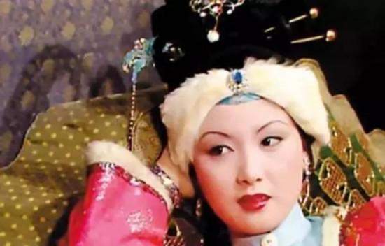 求古代女子首饰 服装 发髻的名称图片