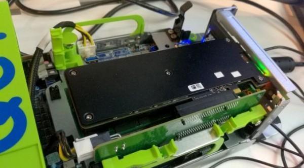Intel Optane SSD真身首现:容量仅140GB的照片 - 1