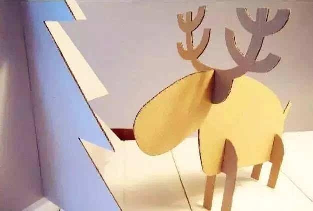 动手diy,无论是配饰,房子车子,小动物等各种东西,都可以用纸壳做出来.