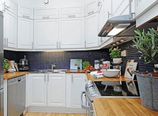 享受烹饪的愉悦时光 欧式厨房装修效果图