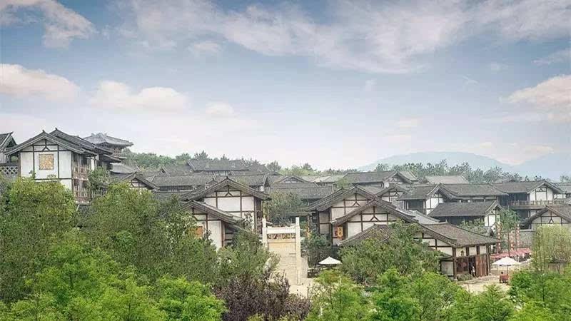 距离杭州2h居然私藏了一个小丽江,适合一家大小来度假,比宋城更好玩!