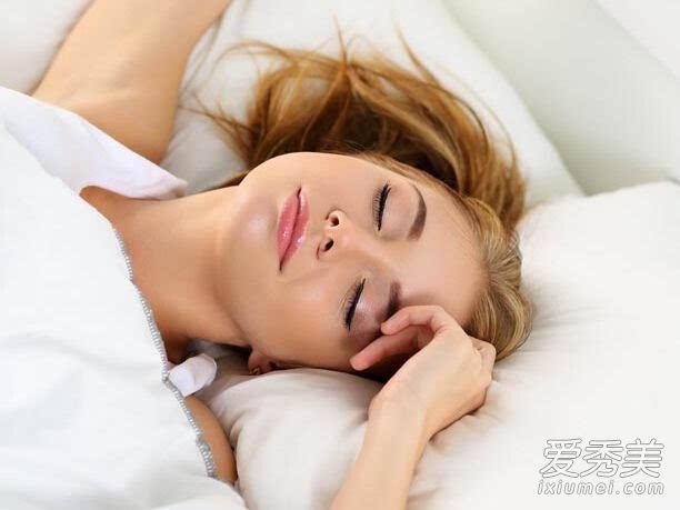 睡觉姿势影响健康 3种睡眠姿势失阳损寿