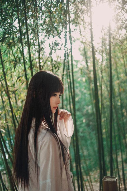 治愈系女生 竹林中清新森系美女