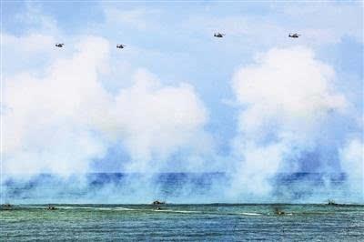 南部战区陆军海训 两栖战车引导