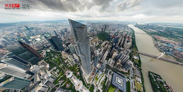 """双子塔合体完成 上帝视角看""""广州第一高楼"""""""