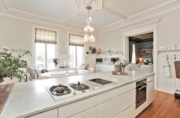 厨房卫生间吊顶效果图三    欧式风格吊顶带来浪漫的气息,让图片