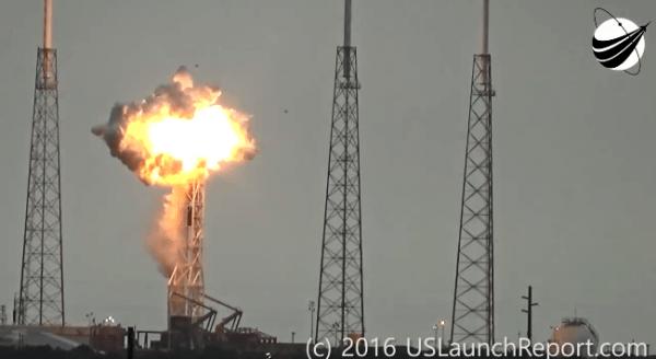 """SpaceX""""猎鹰9号""""爆炸完整视频公布的照片 - 2"""