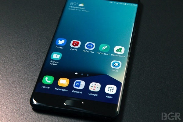 Galaxy Note 7玻璃太脆:钱包里受挤压被另一台设备顶碎的照片 - 1