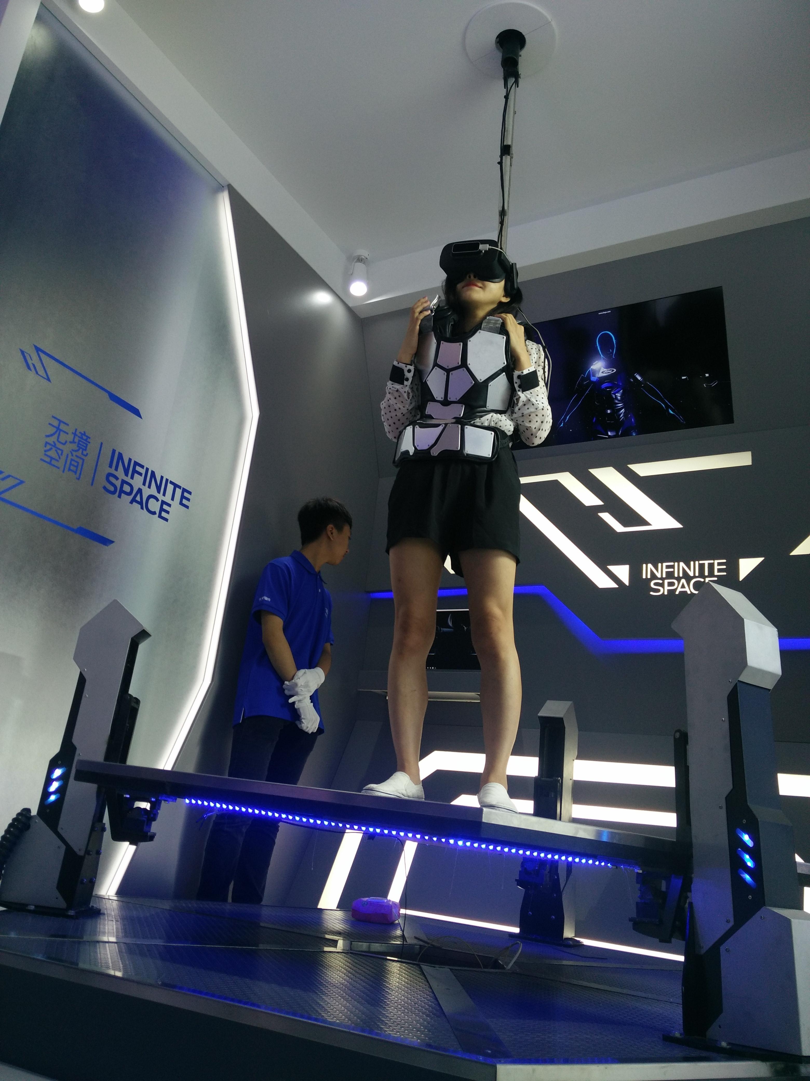 vr,ar助攻成都国际车展 用户体验新添科幻即视感