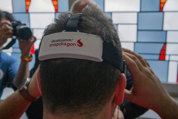 高通VR头盔试用:4K屏幕果然比Vive或者Rift给力的照片 - 3