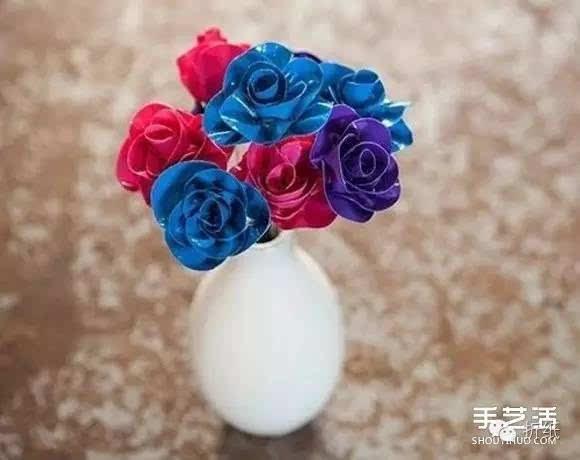 闪亮的手工玫瑰花制作教程,猜猜看是用什么材料?