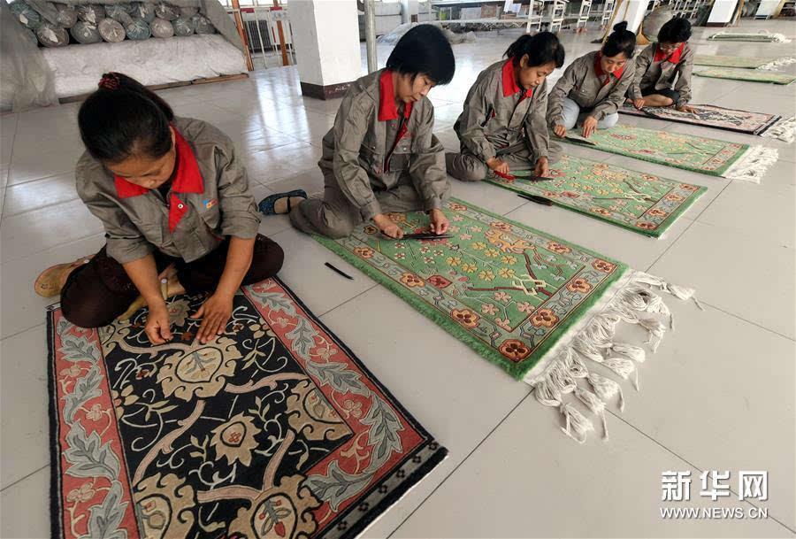 衡水地毯传统编织技艺起源于清朝末期.