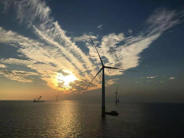 如东海上风电投运 中国成少数具备海上风电核心建设