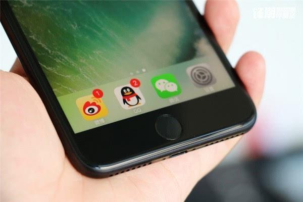 亮黑色版iPhone 7 Plus真机图赏的照片 - 3