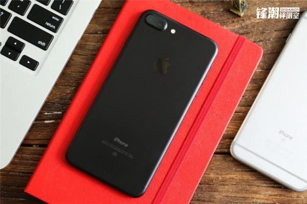亮黑色版iPhone 7 Plus真机图赏的照片 - 1