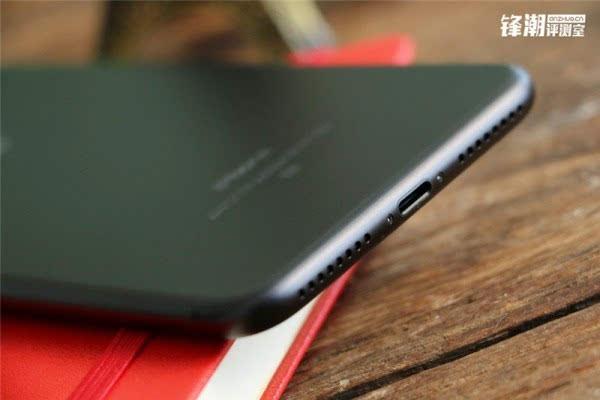 亮黑色版iPhone 7 Plus真机图赏的照片 - 9