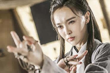 科技 正文  朱茵出演紫霞仙子时的年龄才二十几岁,而唐嫣为三十往上