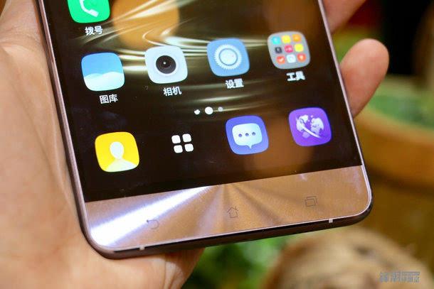 全球首款骁龙821手机:华硕Zenfone 3 尊爵上手图赏的照片 - 8