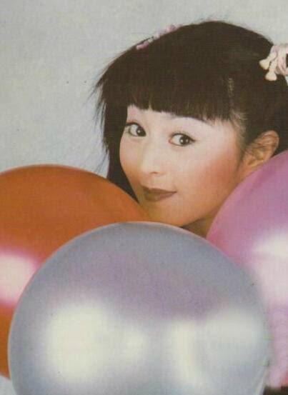 范冰冰旧照 17岁出演《还珠格格》时美貌就不输双女主赵薇林心如,到图片