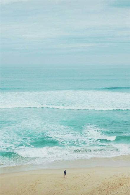 早安励志心语161017:自己要站直,路还长,背影要美