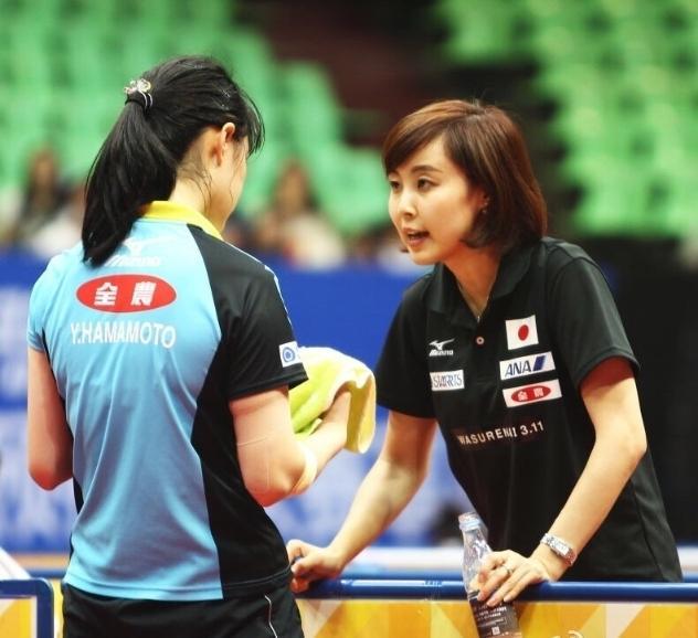 日本美女乒乓脚趾原来是中国人!吃教练被美女视频图片