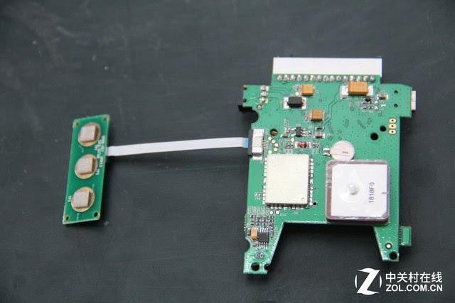 ③按键板:电子狗的按键电路板.