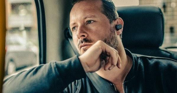 """索尼Xperia Ear智能耳机预售开始"""""""