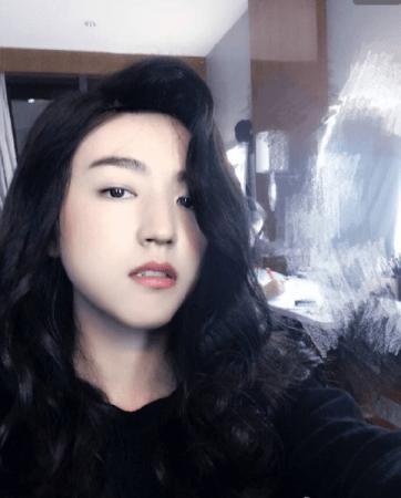 王俊凯戴假发扮女装 肤白貌美妩媚动人图片
