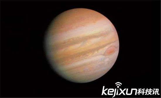 太阳系行星的家族中,木星可谓是鹤立鸡群了