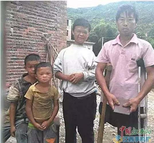 #34;小马云#34;获马云赞助:愿承当上学费用,供到大学毕业