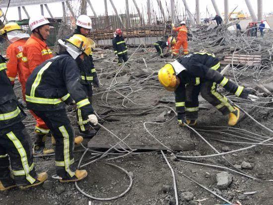 现场图:江西一电厂冷却塔坍塌已致至少40余人遇难()