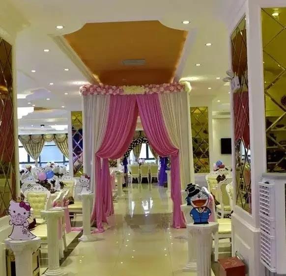 欧式婚宴 柱子大厅装修效果图