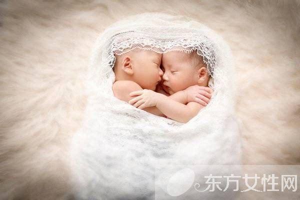 """新生儿腹泻怎么办护理婴儿腹泻的方法"""""""