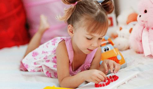 怎样让孩子主动收拾玩具