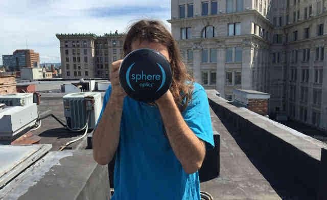 """拍照又一神器单反秒变全景相机 仅需360度球形镜头"""""""