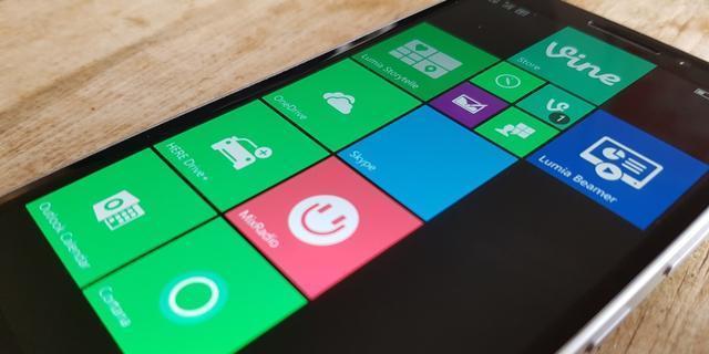 """微软本应成为智能手机行业领袖但它为何没能如愿"""""""