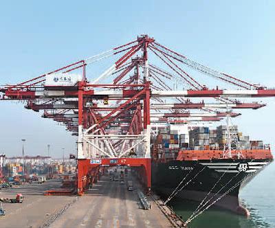 青岛港吞吐量首次突破5亿吨 居全球第7