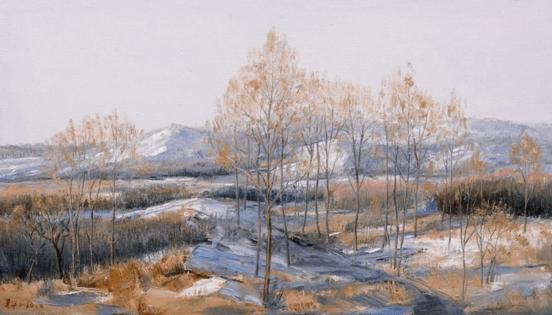 题《七九河开》 残雪未尽遇暖阳 白桦树梢吐嫩黄 莫道坝上春来晚 七