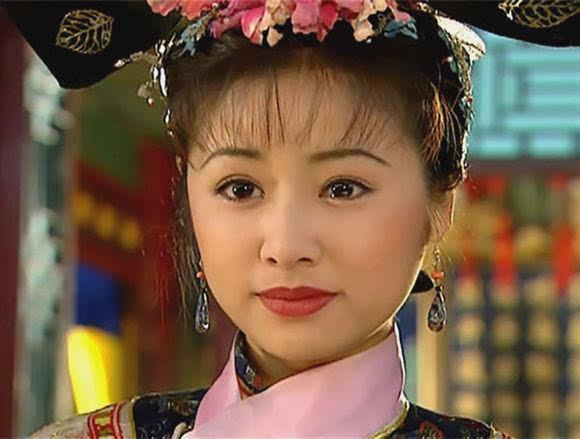 还珠格格是黑童话紫薇一直在利用小燕子 她比令妃更心机绿茶