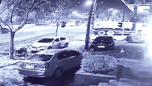女生赶考路上被轧 肇事车逃跑后被警方找到[图]