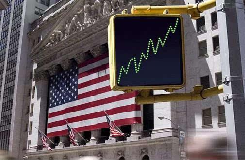 油价重挫能源股遭殃,纳指再创新高